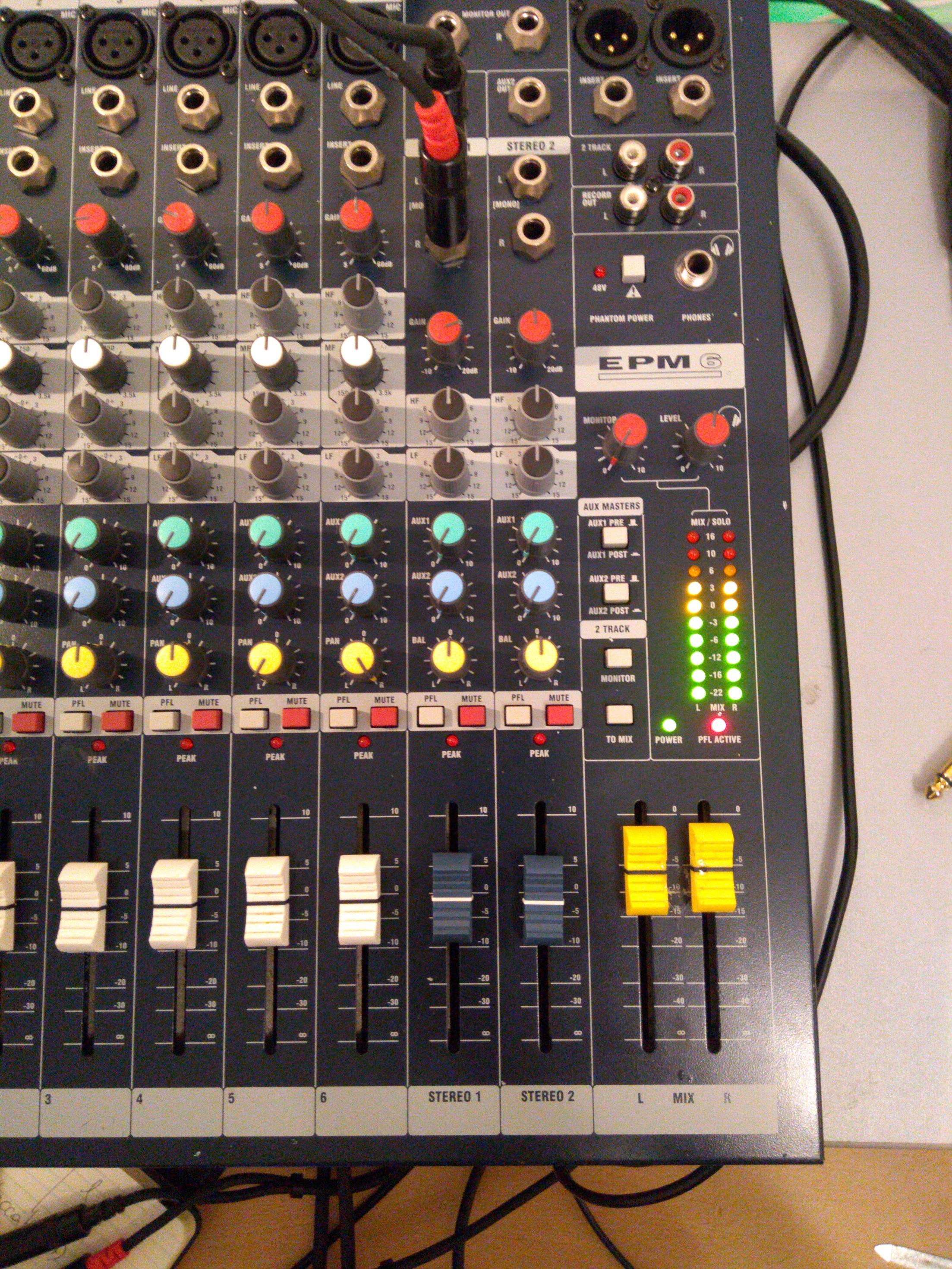 Soundcraft EPM 6 - no output left channel (Phones / MIX / Monitor