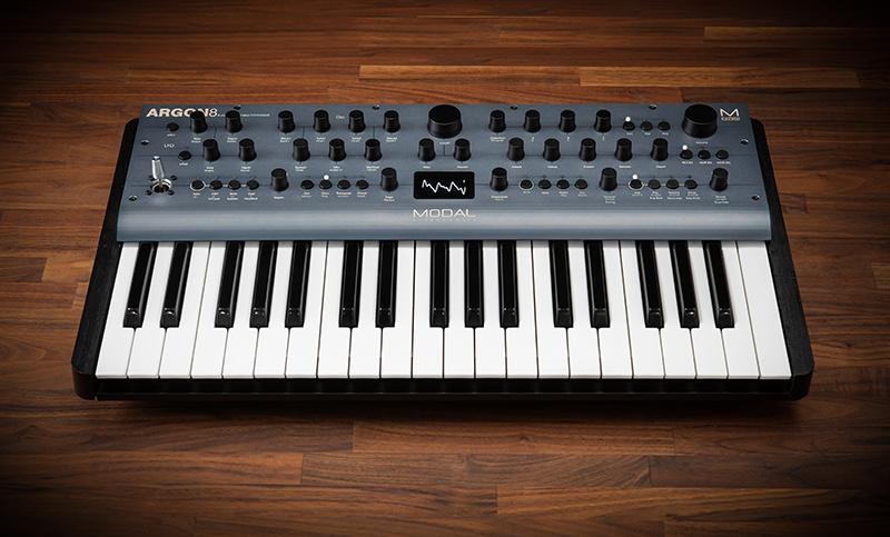 Modal Argon8 – 8 voice polyphonic wavetable synthesiser
