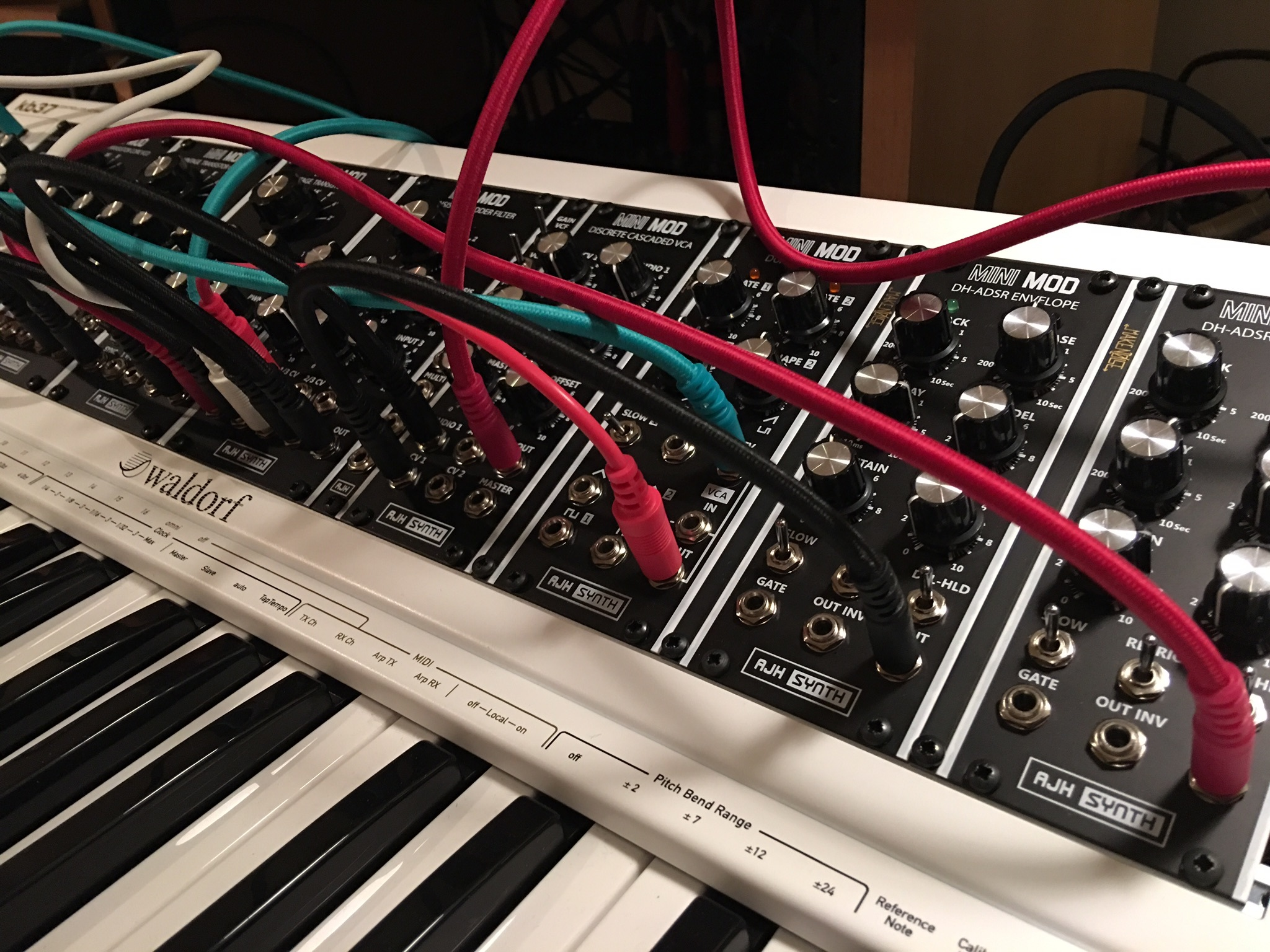 fs uk ajh synth dh adsr and noise glide modules marketplace sell elektronauts. Black Bedroom Furniture Sets. Home Design Ideas