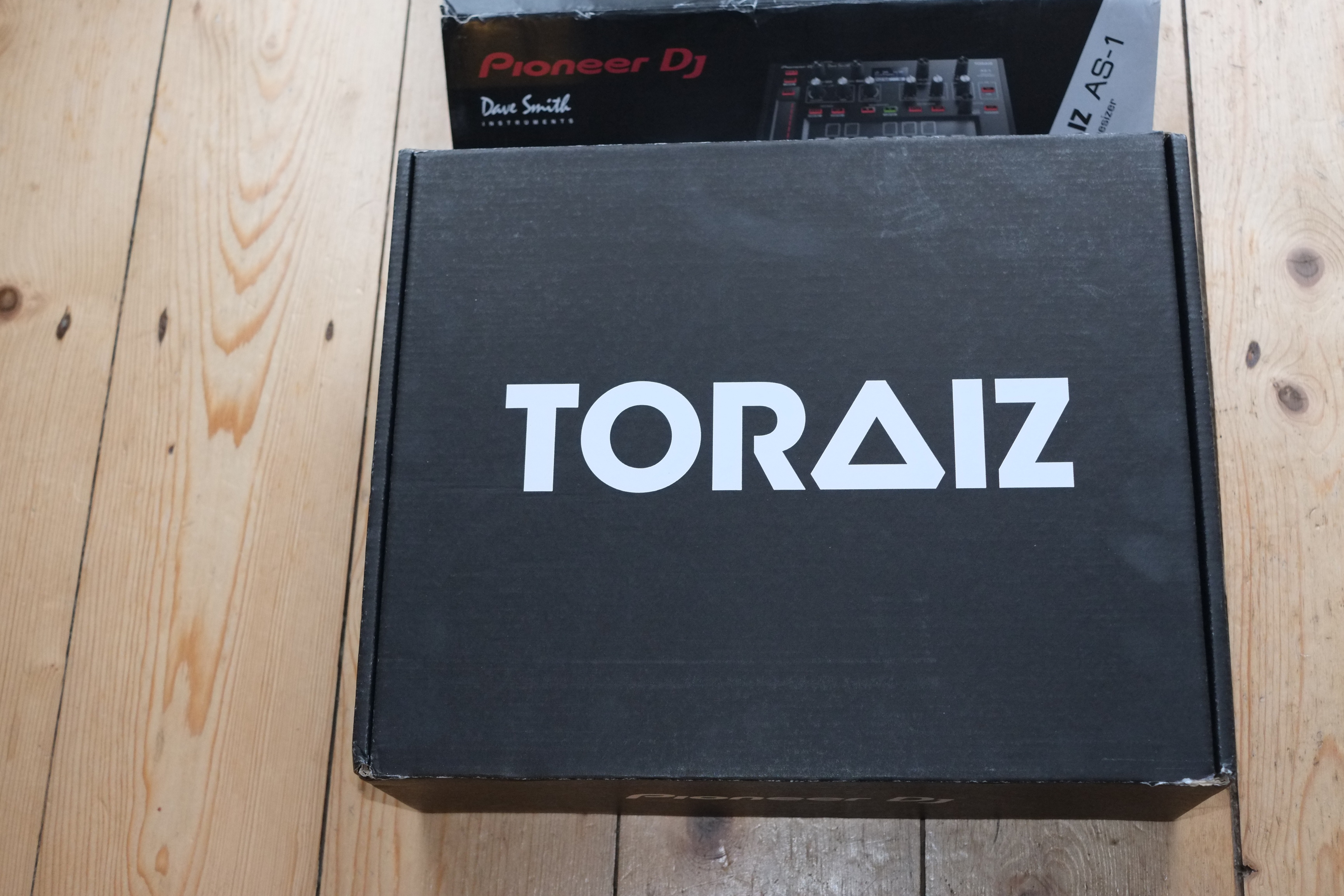 FS (UK): Sold Zoom H5 and Toraiz AS-1 - Marketplace - Sell
