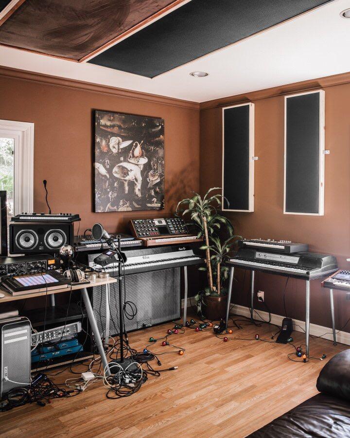 Stylish modern design home studiomusic room pics General